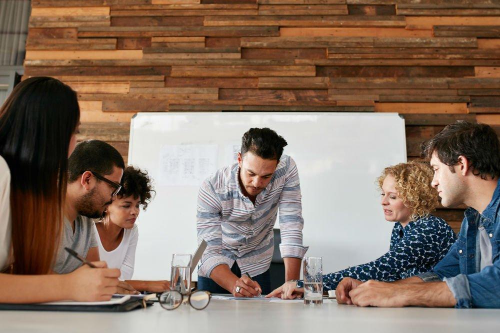 Como motivar uma equipe esgotada e sem forças?